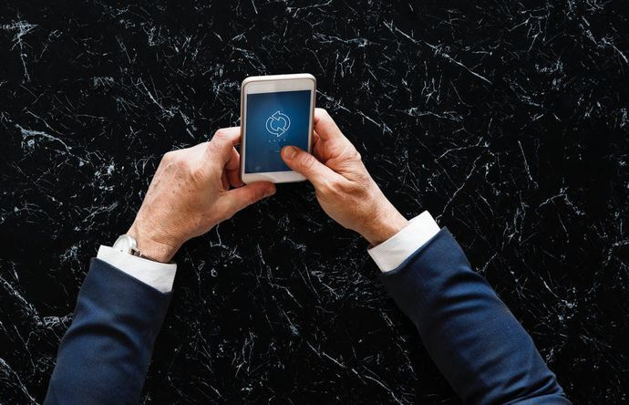 VoIP helt u efficiënter telefoneren - Com-Onea